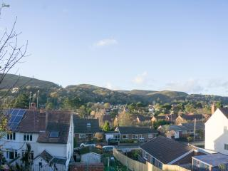 Church Stretton Holiday Home for Walking & Golf
