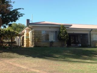 Punjabi Guest Lodge & African Tours, Ficksburg