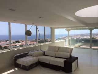 Penthouse in Costa Adeje with seaview, Playa de Fañabé
