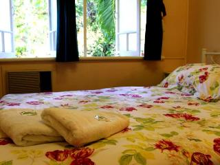 Coral Lodge Bed And Breakfast inn 4, Townsville