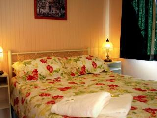 Coral Lodge Bed And Breakfast inn 5, Townsville