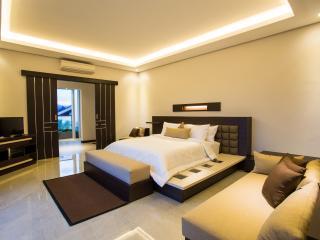 bedrooms suite