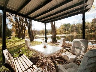 Frenchman`s Pond-Enjoy fishing in 1 of 2 private ponds!