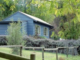 Summerhill Farm Bed and Breakfast - Blue Cottage