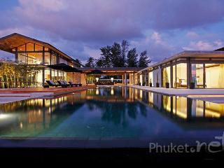 Absolute Beachfront Villa in Natai, Khok Kloi