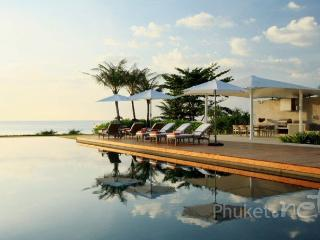 Gorgeous Beachfront Villa in Natai, Khok Kloi