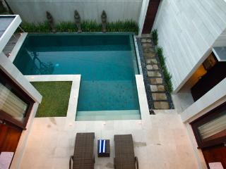 Villa Portsea Seminyak - 2 Bedroom Bali Holiday Villas
