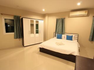 Sirin house in Krabi town room 3, Pak Nam