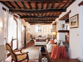 Villa Susanna, Colle di Compito