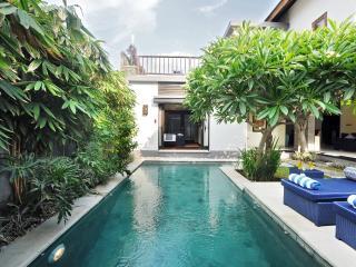 Brand New Faboulus 3 Bedroom Villa in Petitenget, Kuta