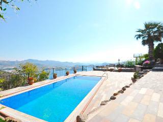 Private Pool Villa Stone Palace, Yalikavak