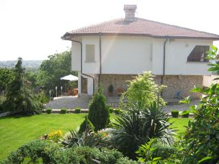 luxury 4bed house in Varna