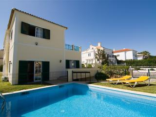 Villa Nena - 4 bedroom Villa Located Just Around the Corner from the Old Village
