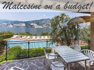 Apartment in Malcesine. Pool & AMAZING Lake Views!