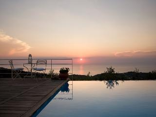 Villa Aledora with Private Pool, Agios Nikitas