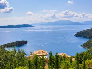 Villa Auriga -Private villa with stunning sea view, Sivota
