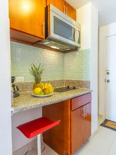 Kitchenette with  cook top  and microwave oven