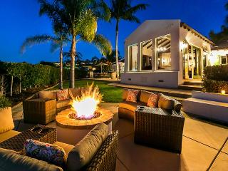 Sweeping Ocean views, completely remodeled, private hot tub, La Jolla