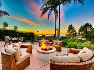 Paradise Living w/ Sweeping Ocean Views, Private Hot Tub + Close To Beach