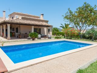 BUADES - Property for 6 people in Sa Pobla