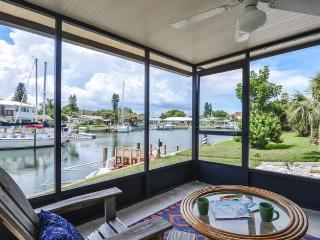 Waterfront Home: Master Bdrm - Spacious & Light, St. Petersburg