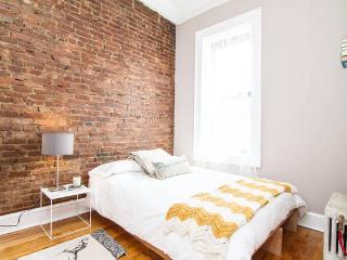 Historic Carroll Gardens 2 Bedroom, Brooklyn