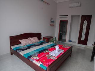 Cheap, clean, friendly, and art hostel, Nha Trang