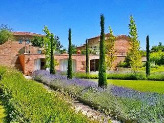 La Fiorita Farmhouse in Cortona,Apartment Ortensia