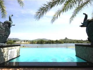 Luxury Lake view 9 bedrooms Villa, Chalong