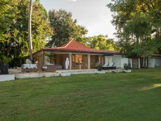 Golf Villa 145, Casa de Campo - Ideal for Couples and Families, Beautiful Pool