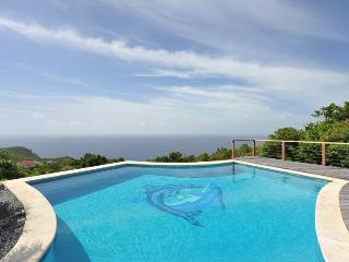 Grand Large - Ideal for Couples and Families, Beautiful Pool and Beach