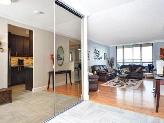 Luxurious 2 bdrm condo for weekly/montly in Ottawa