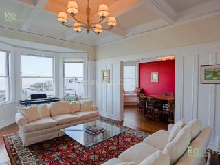 Furnished Apartment at Duboce Ave & Buena Vista Ave E San Francisco