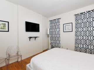 Clean and Bright 1 Bedroom Apartment in New York, Nueva York