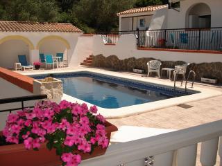 Pool Apartment - upper floor Villa Casa Amarilla, La Drova