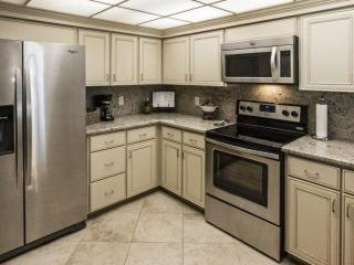 Everything you need in this fully equipped kitchen. Stainless Steel appliances.