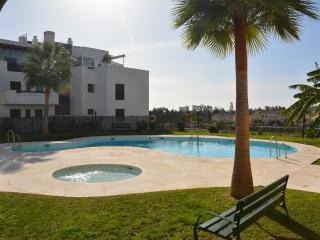 Holiday apartment close to centre, beach & golf, La Cala de Mijas
