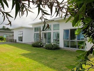 Casa Bianca, Mangawhai
