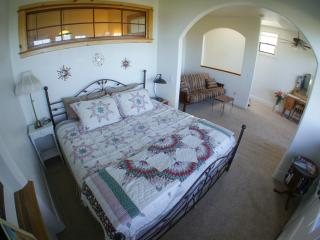 Upstairs Bedroom & Sitting area