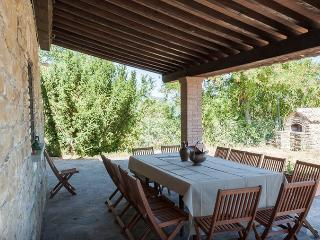La Ginestra Apartment with Swimming Pool