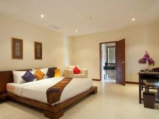 Baan Puri 2BR Penthouse Apartment, Bang Tao Beach