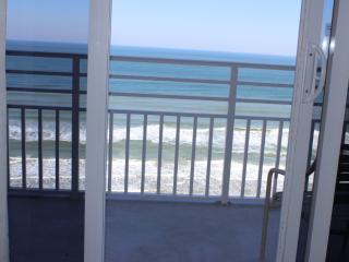 Room 1503 - 1 BR Ocean Front