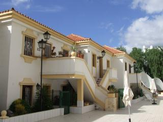 Luxury 2 be 2 bath Apartment south tenerife, Adèje