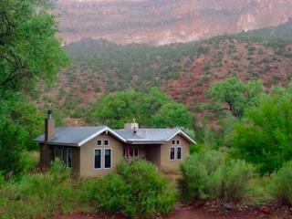 Dragonfly cottage at Desert Willow, Jemez Springs