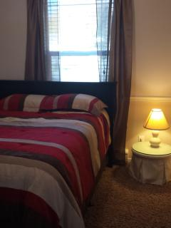 Bedroom 2 Double bed Main floor