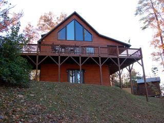 Luxury Log Cabin 4 bdr, 4 bath -8 Min To Casino, Cherokee