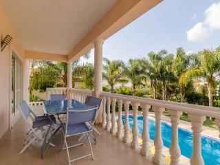 Villa in Portimao, Algarve 102545