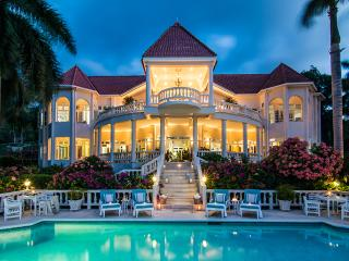 6 Bedroom Villa with in Montego Bay
