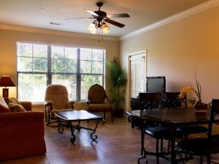 Luxury 3 Bed 3 Bath Condo in Bella Piazza Resort. 517, Davenport
