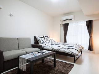 double bed (140 cm width, 200 cm length) Comfortable semi double sofa bed (120 cm width, 200 cm leng